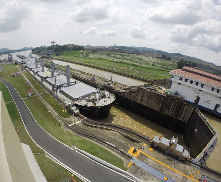 panama_canal_locks
